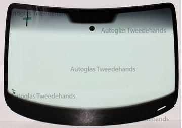 Afbeelding van Voorruit Volkswagen Caddy met antenne en zonneband